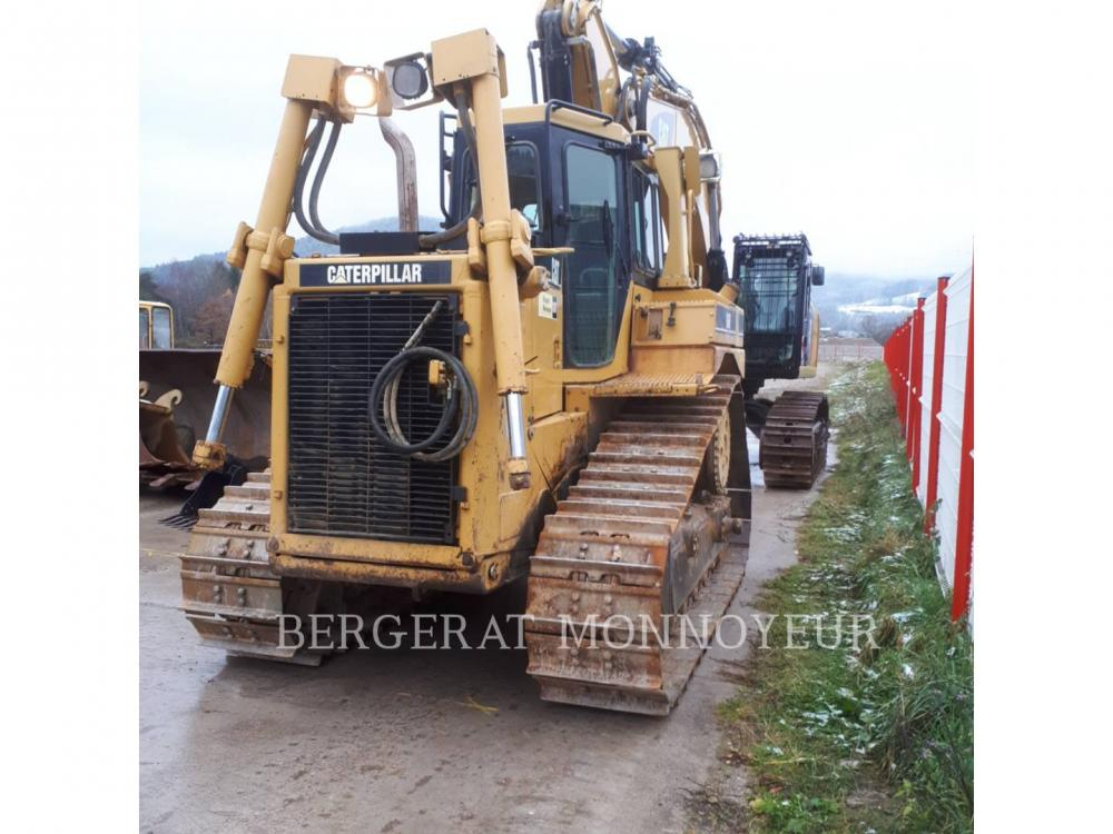 Detail photo of 2007 Caterpillar D6R from Construction Equipment Guide
