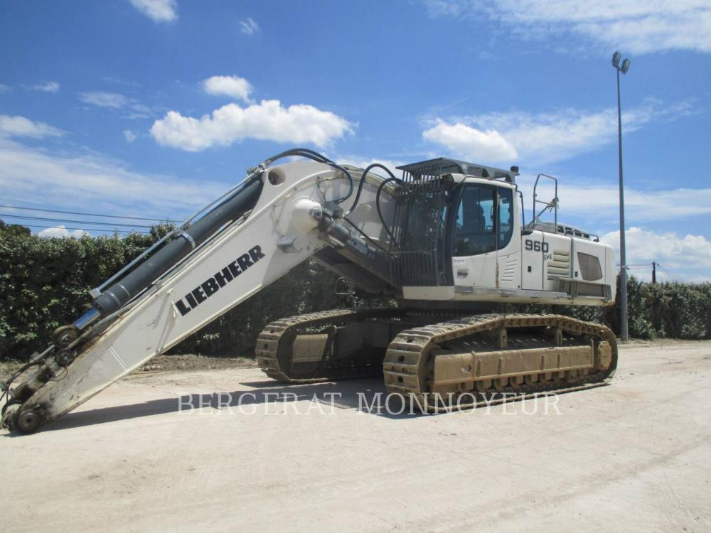 Detail photo of 2013 Liebherr R960 from Construction Equipment Guide