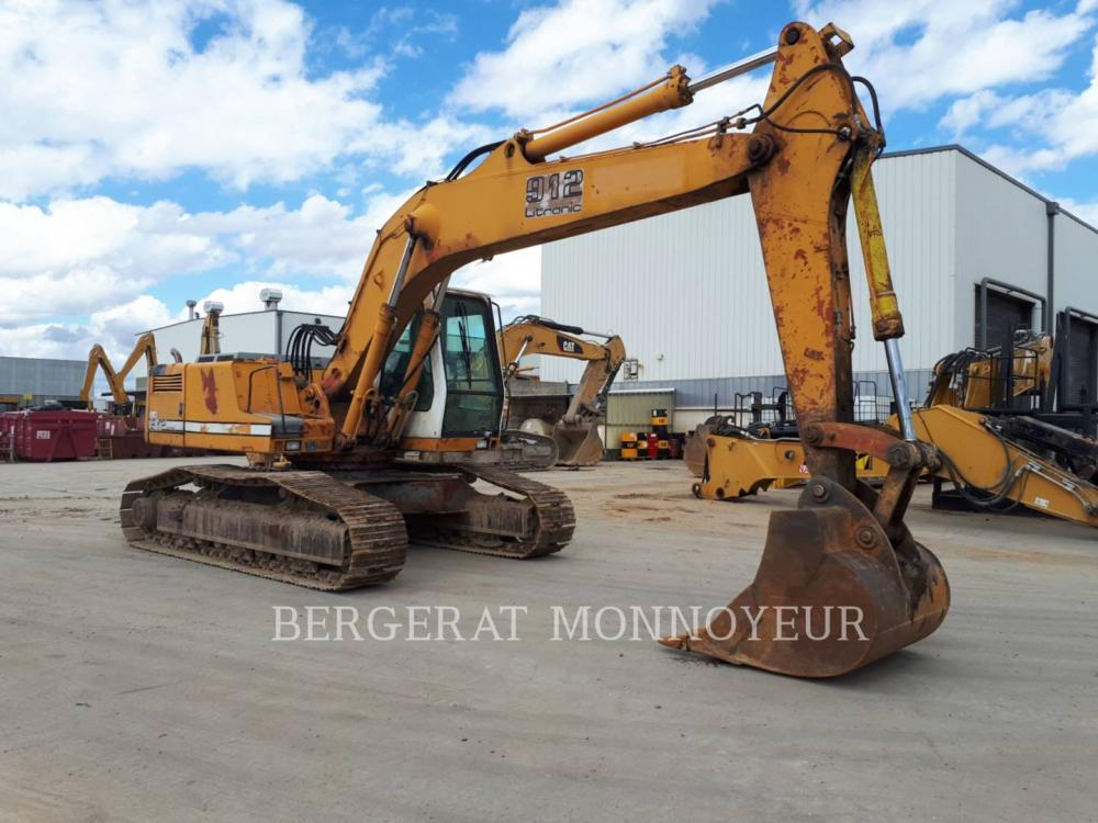 Detail photo of 1994 Liebherr R912 from Construction Equipment Guide