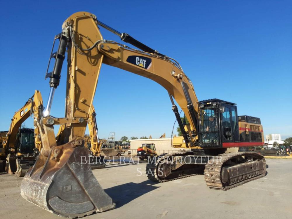Detail photo of 2010 Caterpillar 345D from Construction Equipment Guide