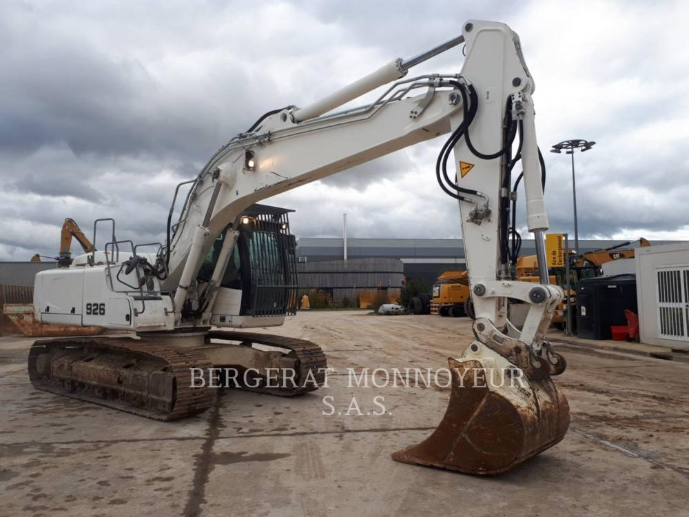 Detail photo of 2014 Liebherr R926 from Construction Equipment Guide