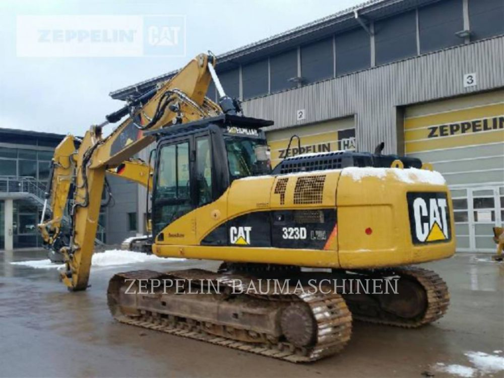Detail photo of 2007 Caterpillar 323DL from Construction Equipment Guide