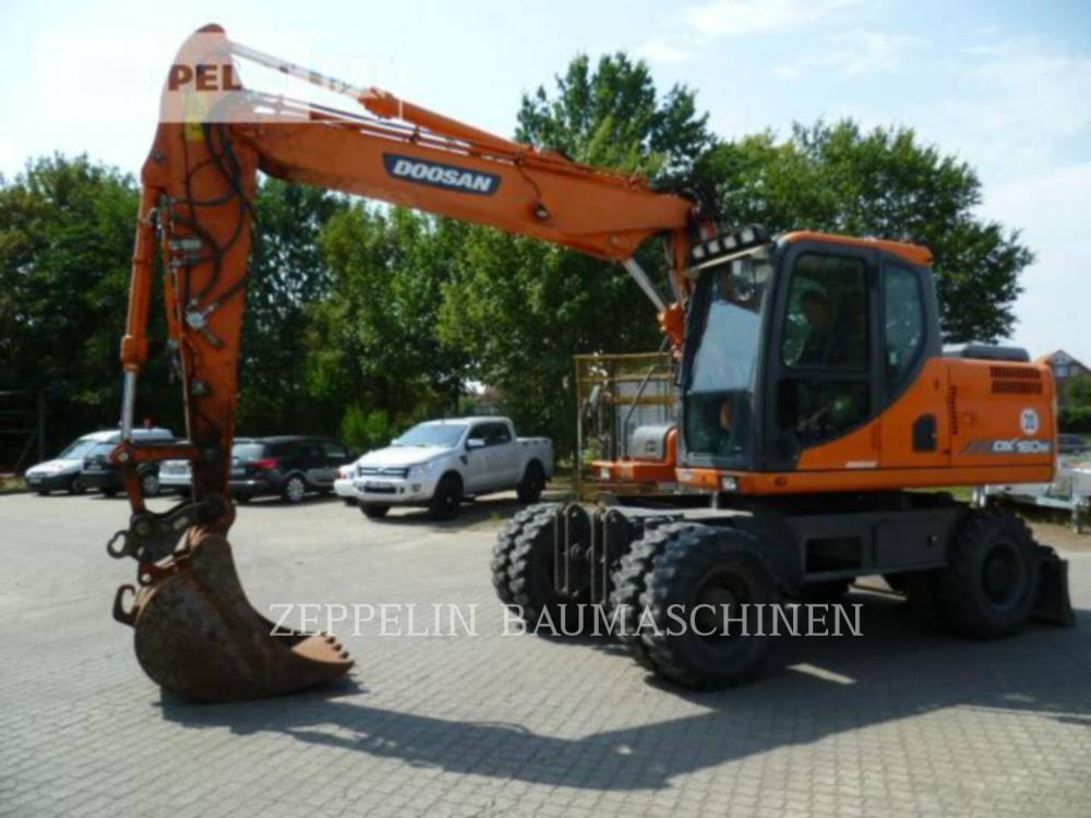 Detail photo of 2011 Doosan DX160W from Construction Equipment Guide