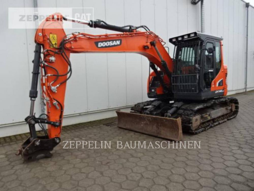 Detail photo of 2016 Doosan DX140LCR-5 from Construction Equipment Guide