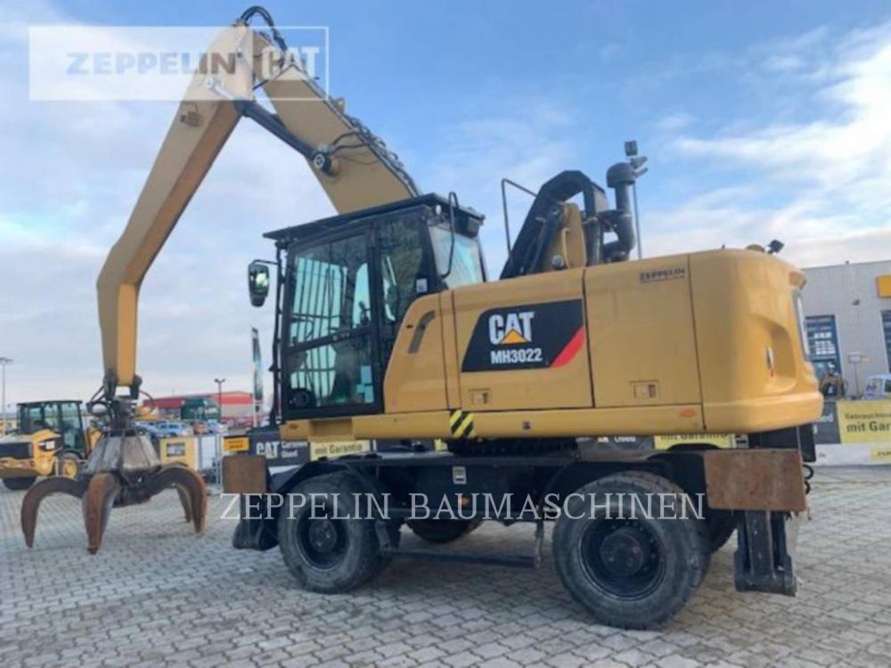 Detail photo of 2015 Caterpillar MH3022 from Construction Equipment Guide