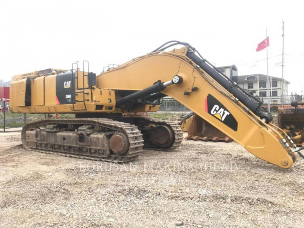 Detail photo of 2014 Caterpillar 390DL from Construction Equipment Guide