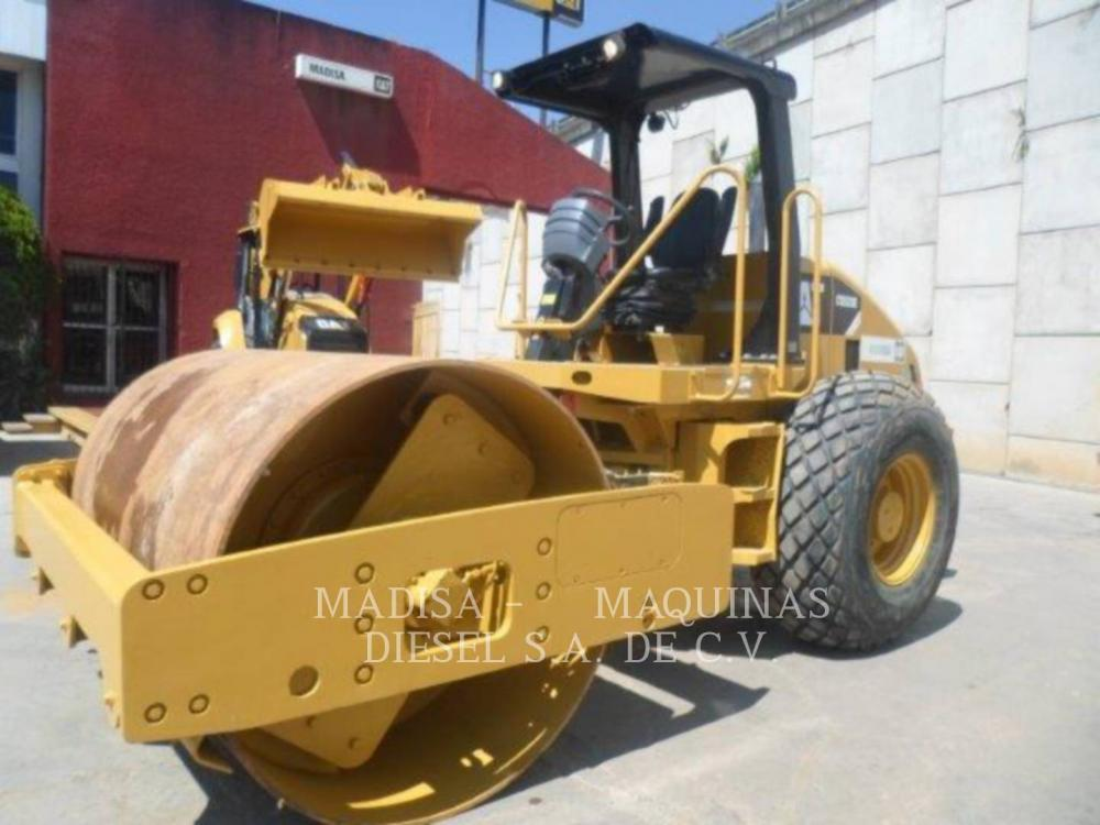 Detail photo of 2014 Caterpillar CP533E from Construction Equipment Guide