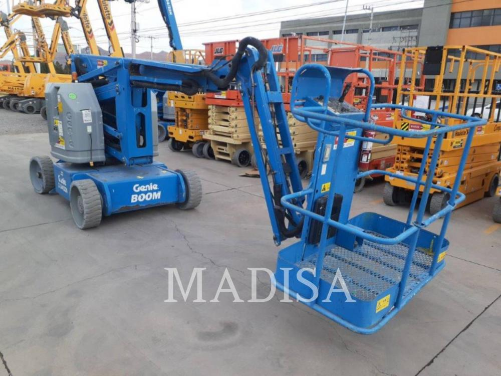 Detail photo of 2013 Genie Z-34/22N from Construction Equipment Guide