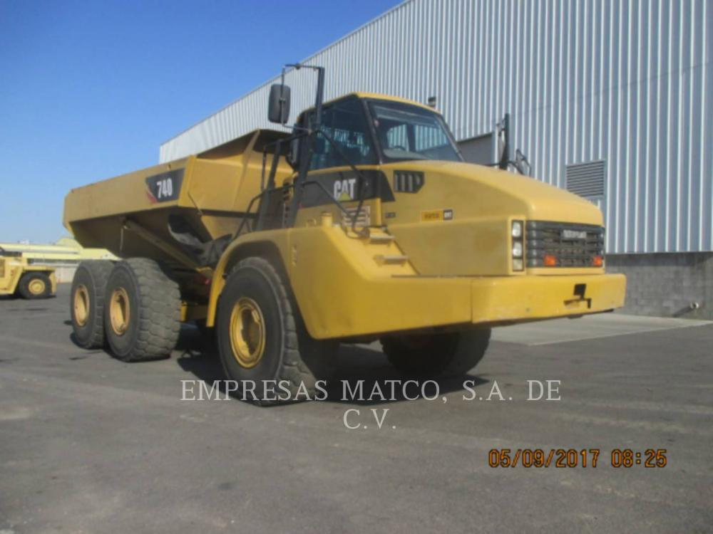 Detail photo of 2009 Caterpillar 740 from Construction Equipment Guide