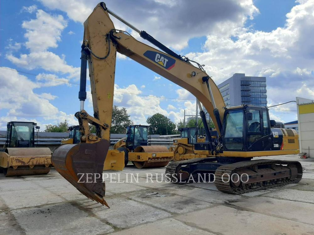 Detail photo of 2017 Caterpillar 330D2L from Construction Equipment Guide
