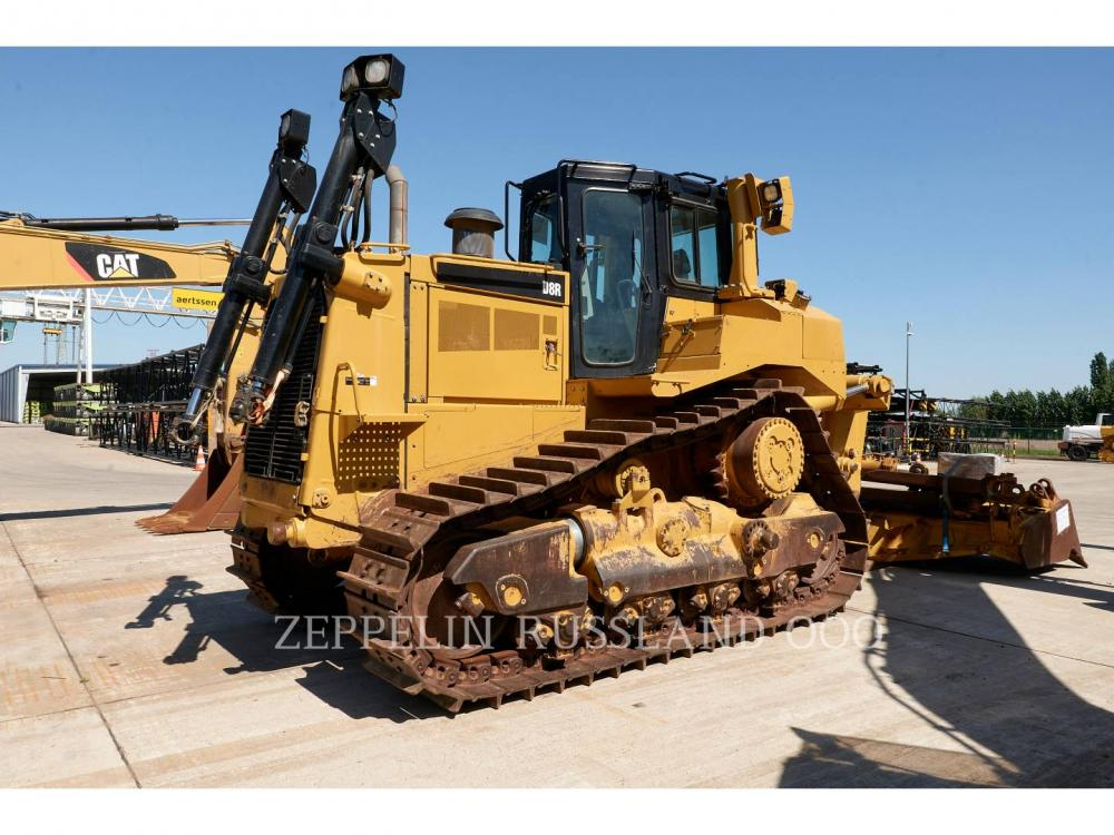 Detail photo of 2015 Caterpillar D8R from Construction Equipment Guide