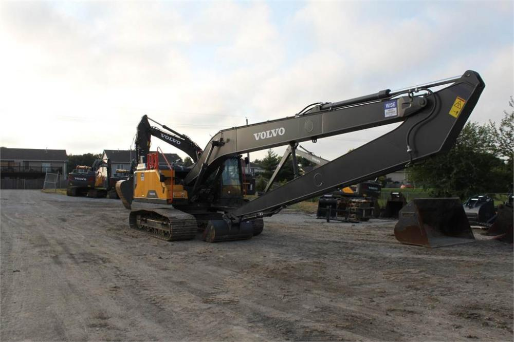 Detail photo of 2018 Volvo EC250ELR from Construction Equipment Guide