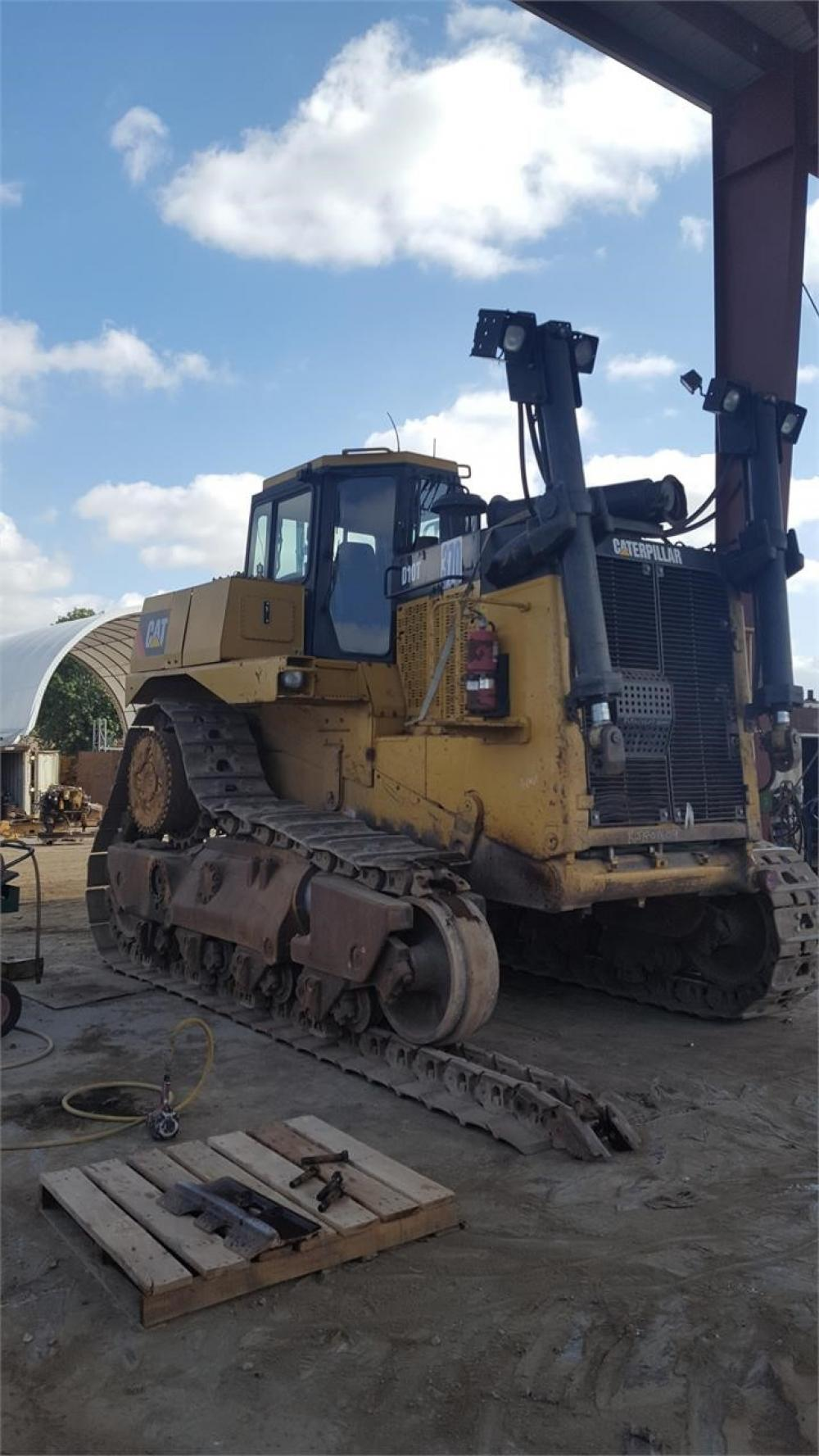 Detail photo of 2008 Caterpillar D10T from Construction Equipment Guide