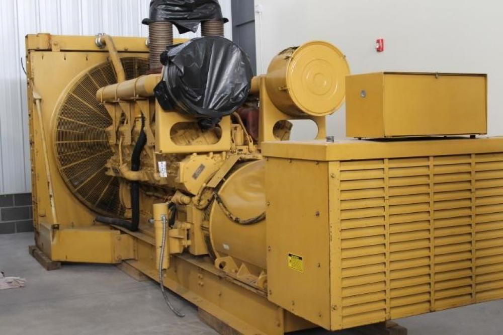 Detail photo of 1993 Caterpillar 1750 KW from Construction Equipment Guide