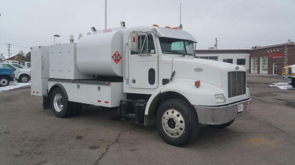 Detail photo of 1999 Peterbilt 330 from Construction Equipment Guide