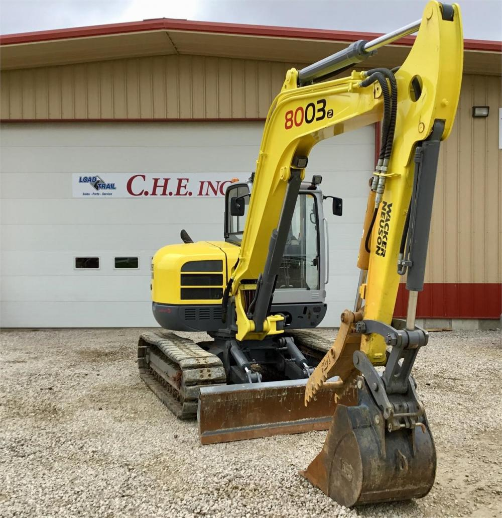Detail photo of  Wacker Neuson 8003 from Construction Equipment Guide