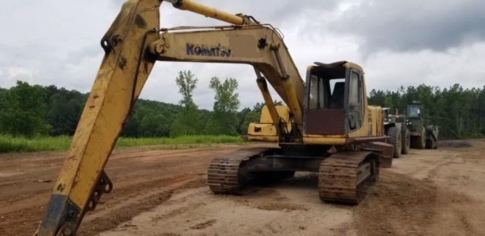Detail photo of 2001 Komatsu PC200LC-6 from Construction Equipment Guide