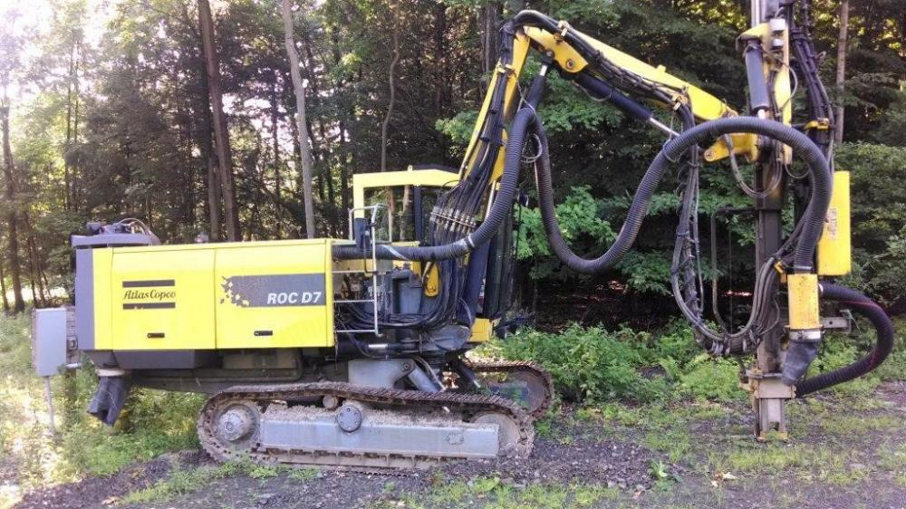 Detail photo of 2005 Atlas Copco ROC D7-LM from Construction Equipment Guide