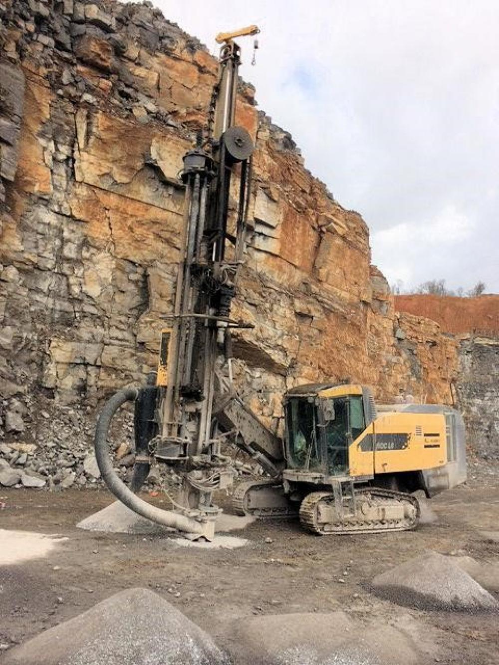 Detail photo of 2011 Atlas Copco ROC L8 from Construction Equipment Guide