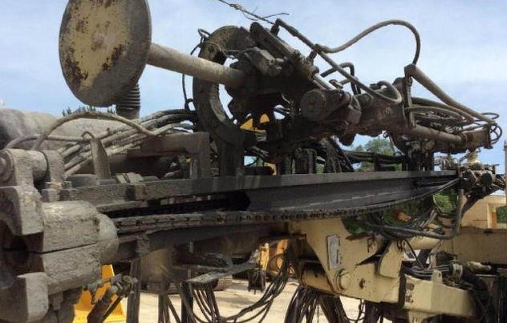 Detail photo of 1999 Ingersoll Rand ECM470 from Construction Equipment Guide