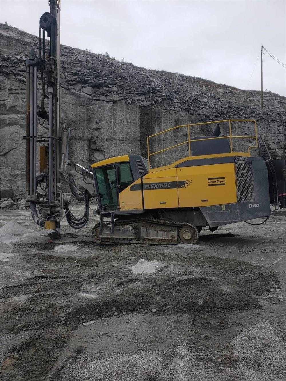Detail photo of 2015 Atlas Copco FLEXIROC D60 from Construction Equipment Guide