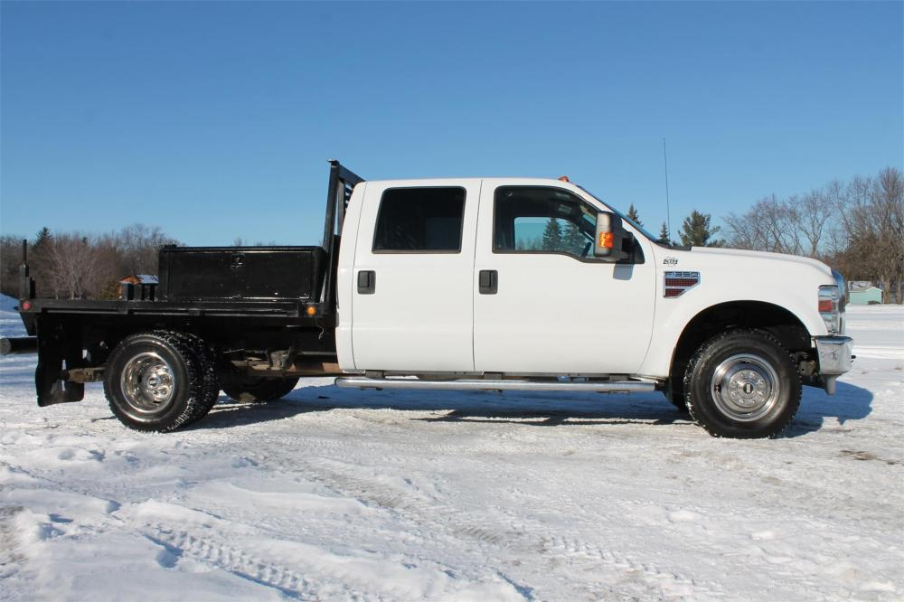 Detail photo of 2010 Ford F350 from Construction Equipment Guide