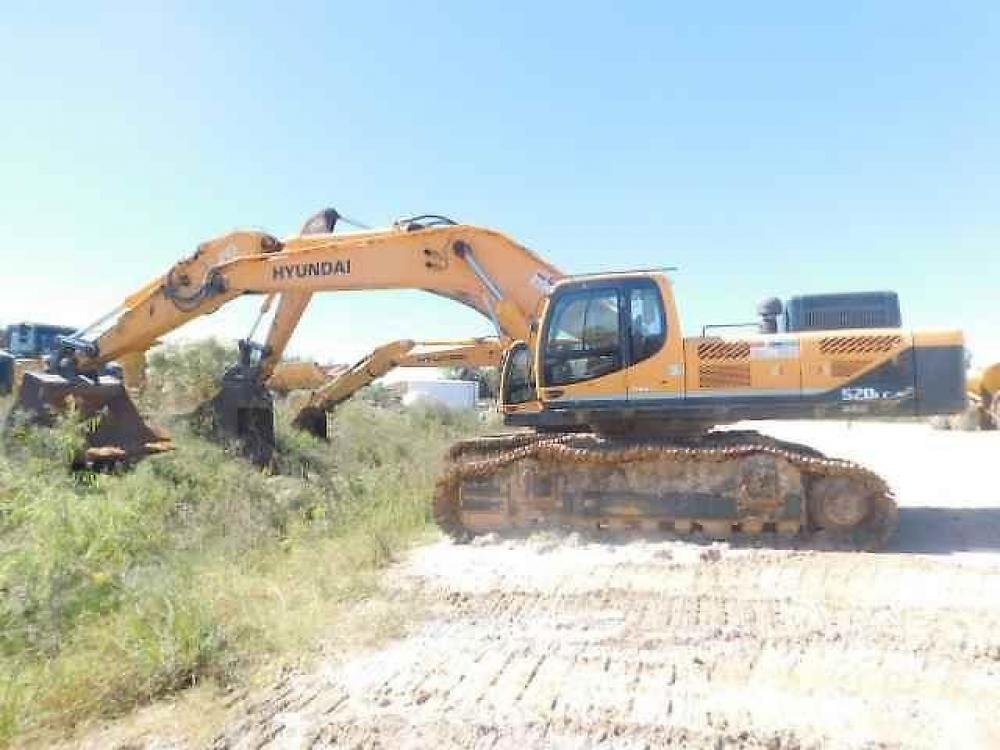 Detail photo of 2015 Hyundai ROBEX 520 LC-9 from Construction Equipment Guide
