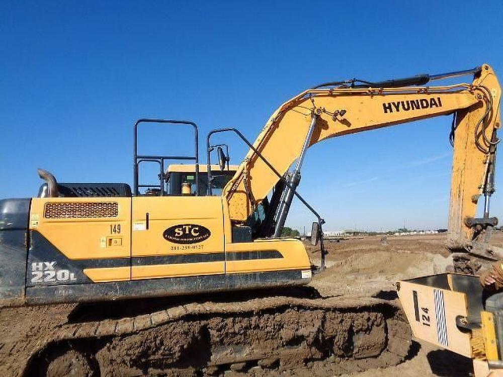 Detail photo of 2016 Hyundai HX220L from Construction Equipment Guide