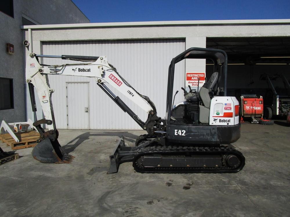 Detail photo of 2011 Bobcat E42 from Construction Equipment Guide