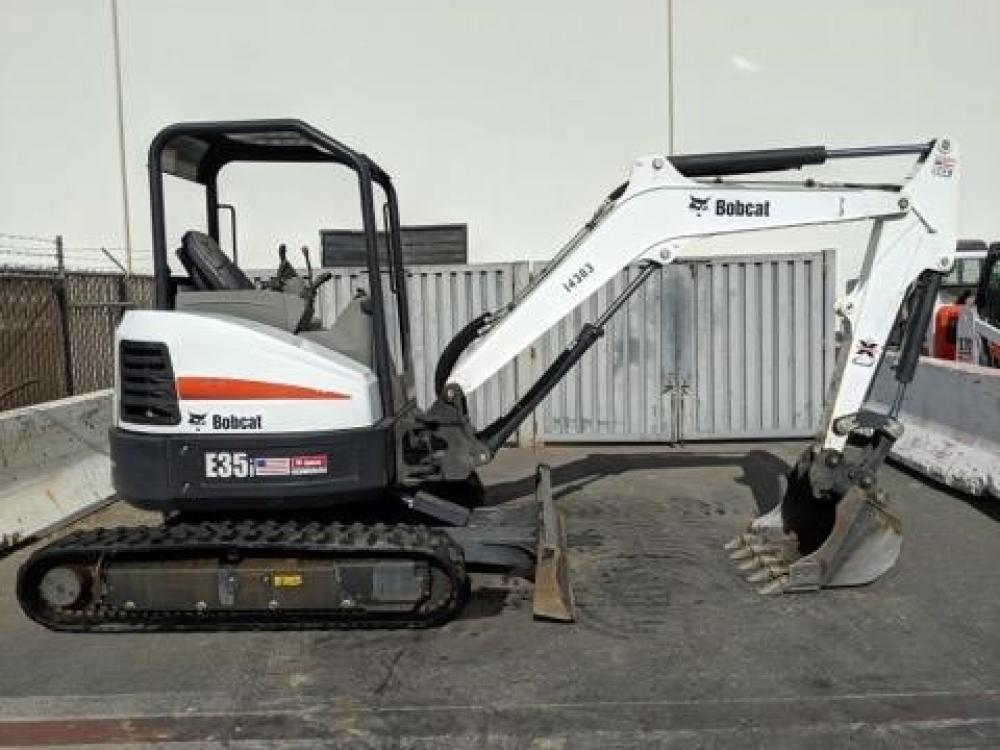 Detail photo of 2016 Bobcat E35I from Construction Equipment Guide