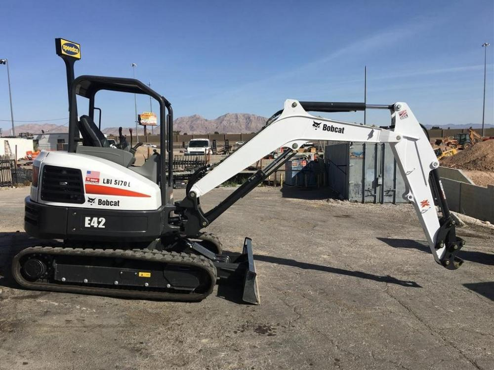 Detail photo of 2014 Bobcat E42 from Construction Equipment Guide