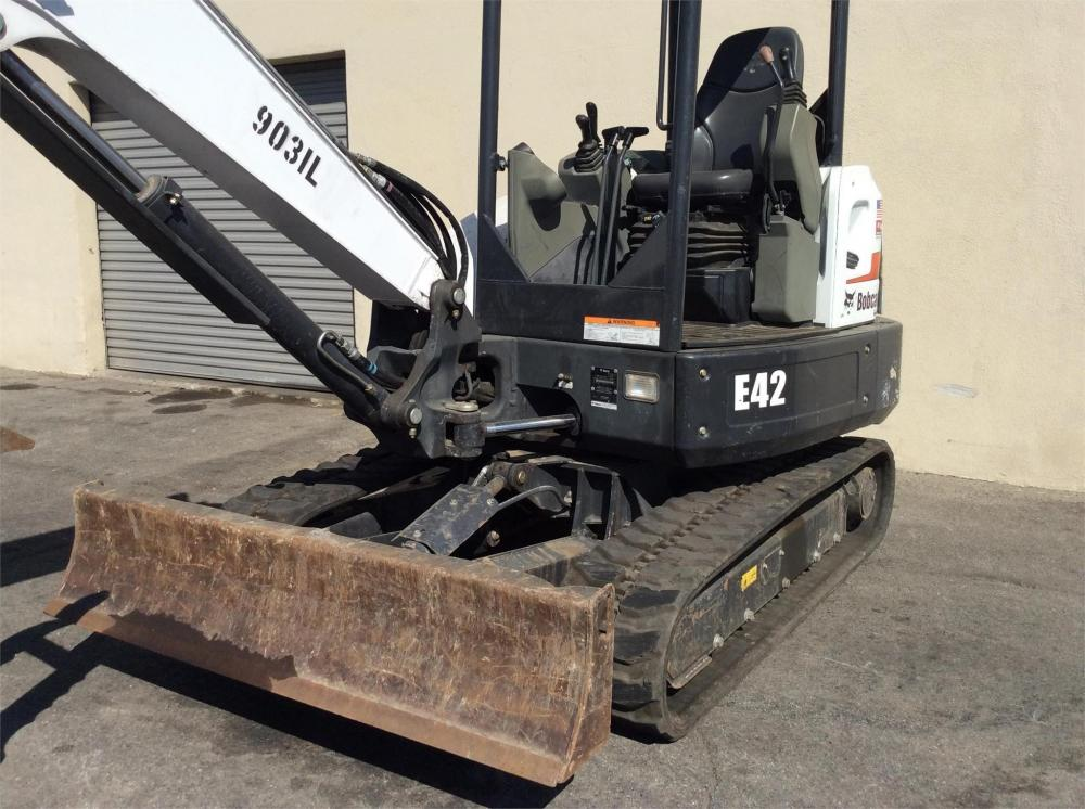 Detail photo of 2016 Bobcat E42 from Construction Equipment Guide
