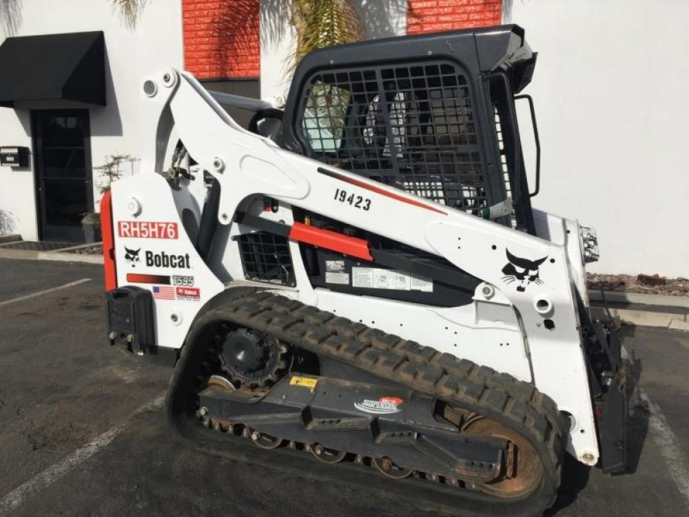 Detail photo of 2016 Bobcat T595 from Construction Equipment Guide