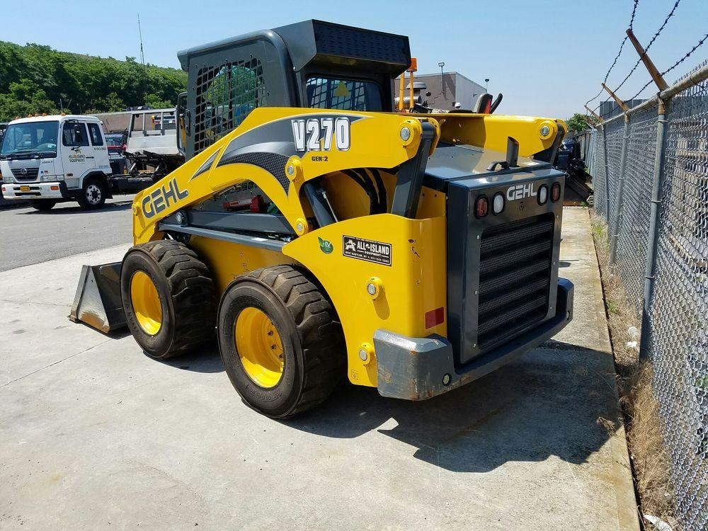 Detail photo of 2016 Gehl V270 from Construction Equipment Guide