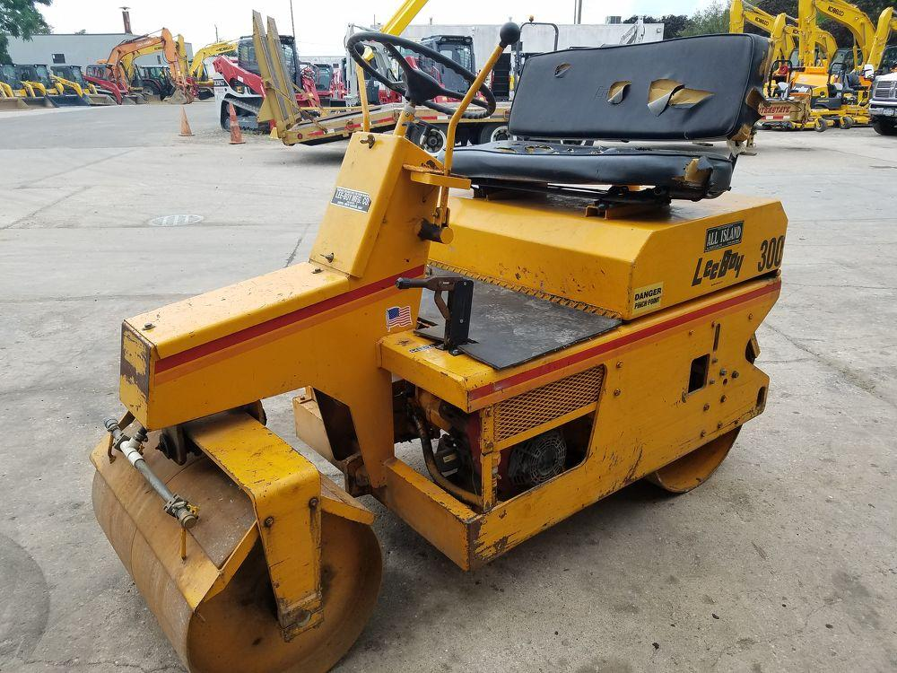 Detail photo of 0 LeeBoy 300 ROLLER from Construction Equipment Guide