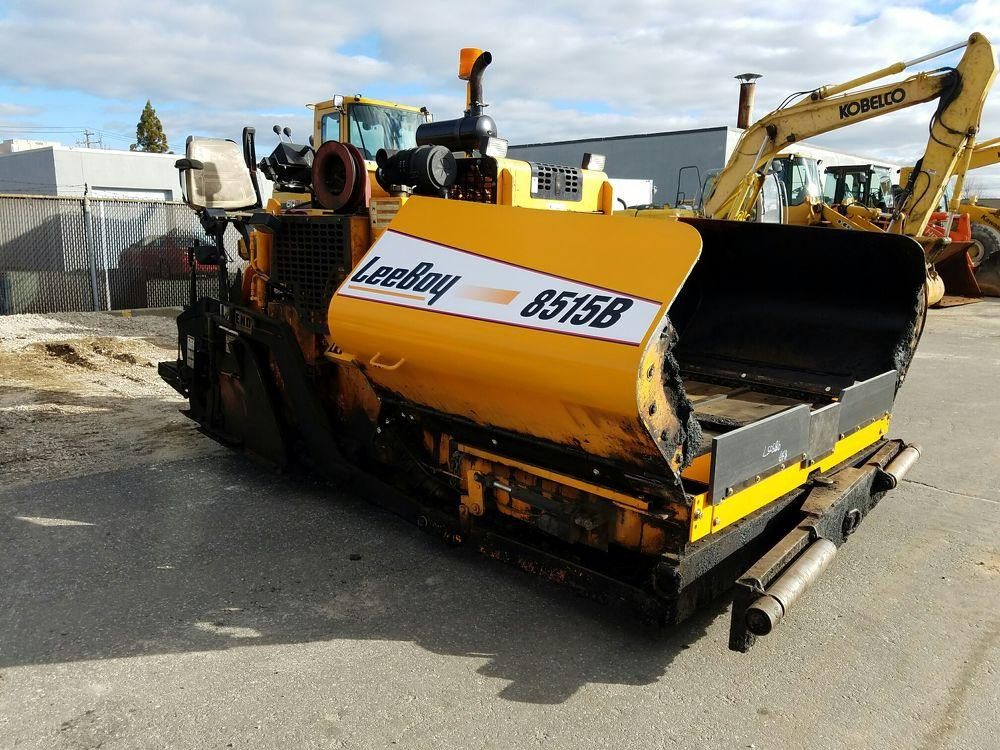 Detail photo of 2009 LeeBoy 8515 from Construction Equipment Guide