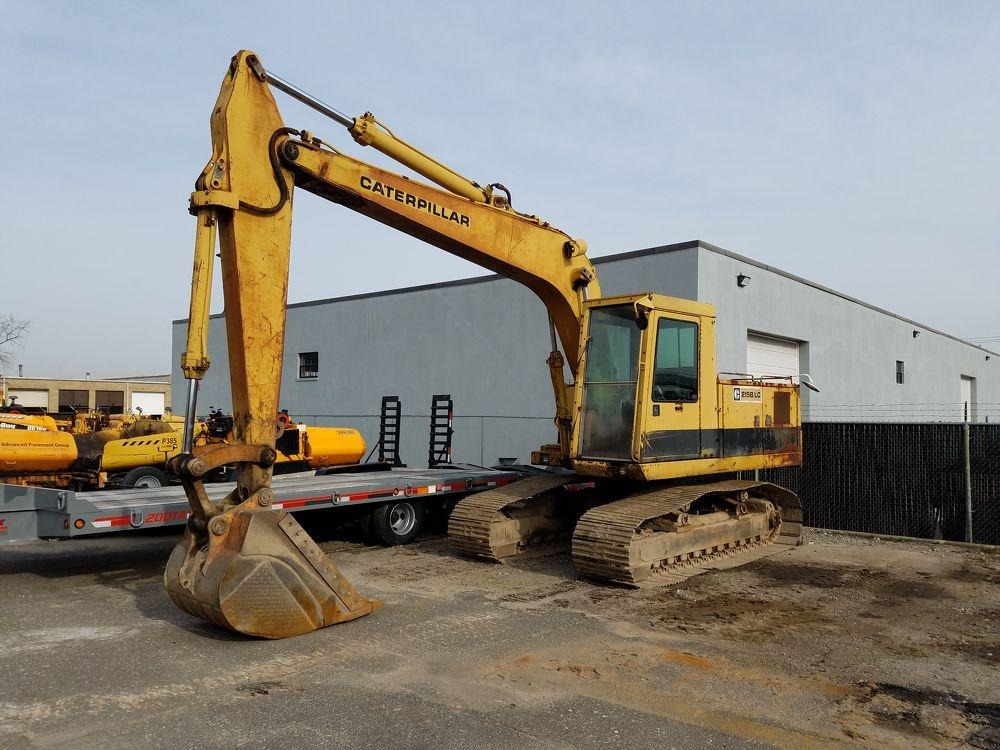 Detail photo of 0 Caterpillar 215B LC from Construction Equipment Guide