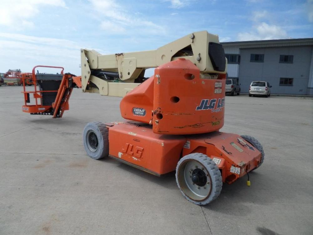 Detail photo of 2007 JLG E400AJPN from Construction Equipment Guide