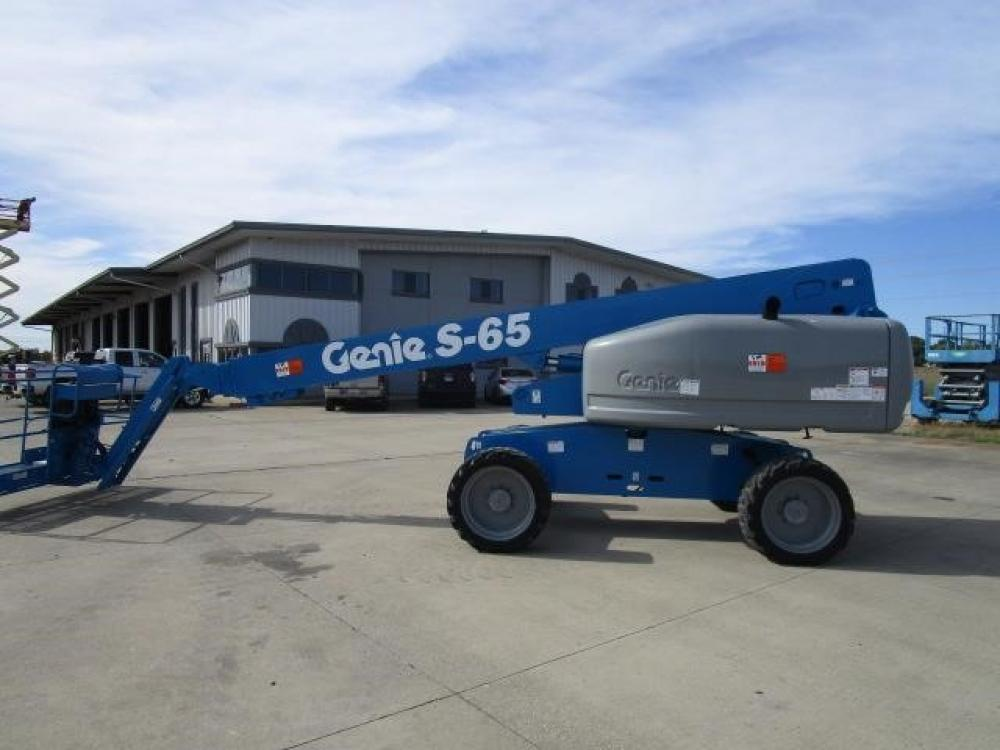 Detail photo of 2010 Genie S65 from Construction Equipment Guide