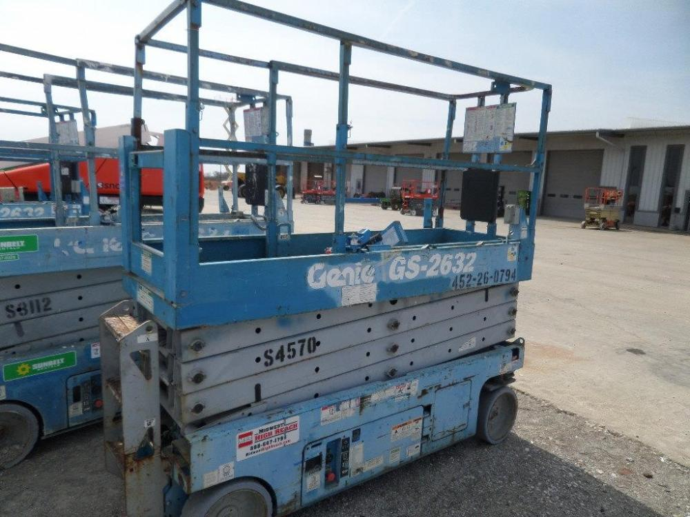 Detail photo of 2008 Genie GS-2632 from Construction Equipment Guide