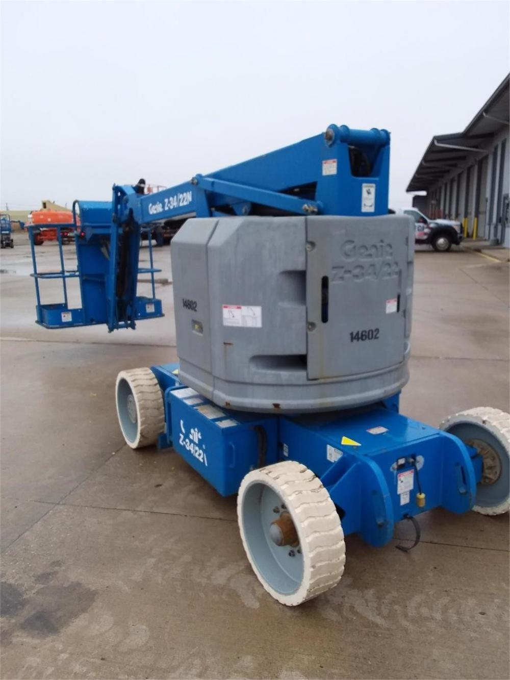 Detail photo of 2012 Genie Z34/22N from Construction Equipment Guide