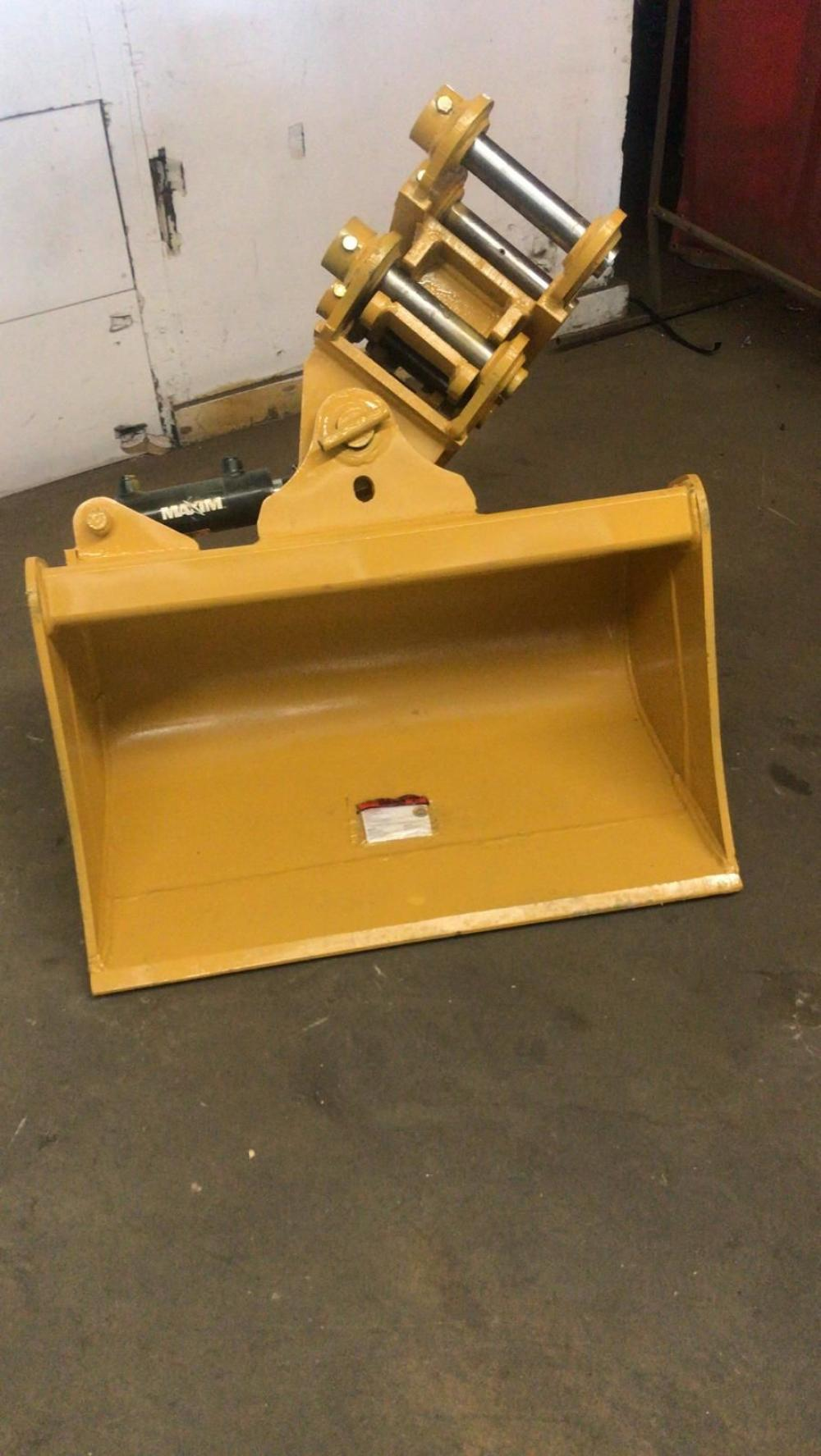 Detail photo of 2020 East Attachments TILTING BUCKET from Construction Equipment Guide