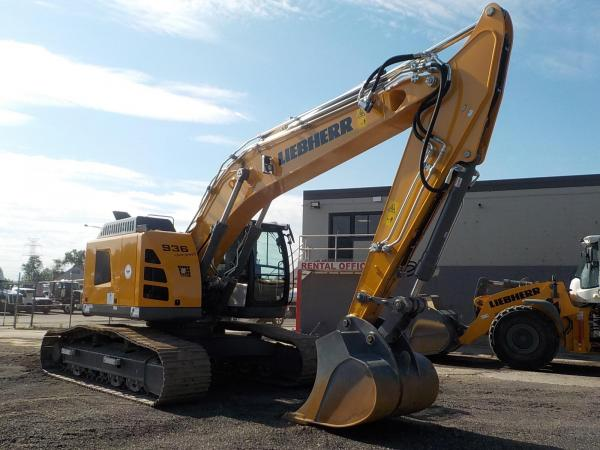 Detail photo of 2019 Liebherr R936 COMPACT LITRONIC from Construction Equipment Guide