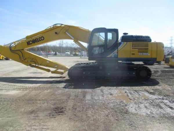 Detail photo of 2017 Kobelco SK350 LC-10 from Construction Equipment Guide