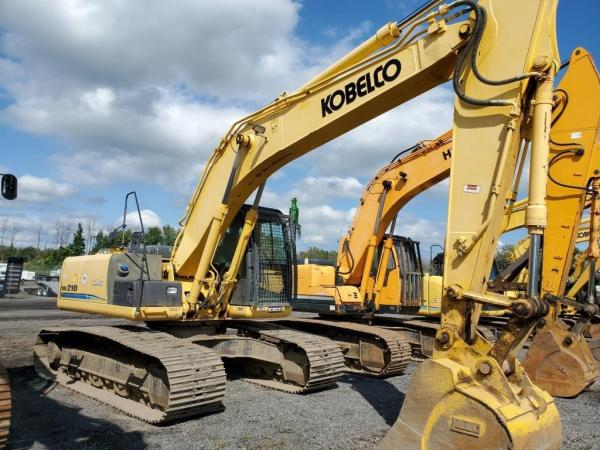 Detail photo of 2013 Kobelco SK210 LC-9 from Construction Equipment Guide