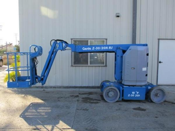 Detail photo of 2014 Genie Z30/20N from Construction Equipment Guide