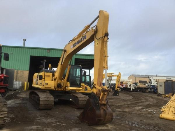 Detail photo of 2013 Komatsu PC210LC-10 from Construction Equipment Guide