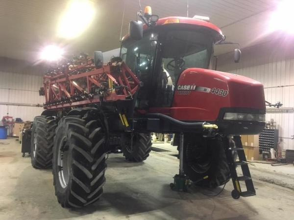 Detail photo of 2014 Case IH PATRIOT 4430 from Construction Equipment Guide