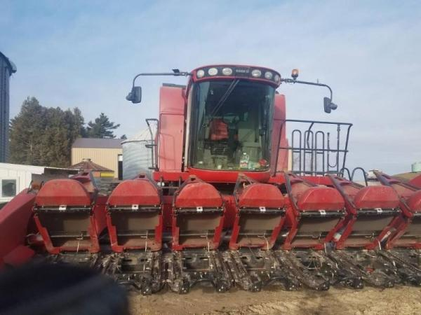 Detail photo of 2009 Case IH 3408 from Construction Equipment Guide