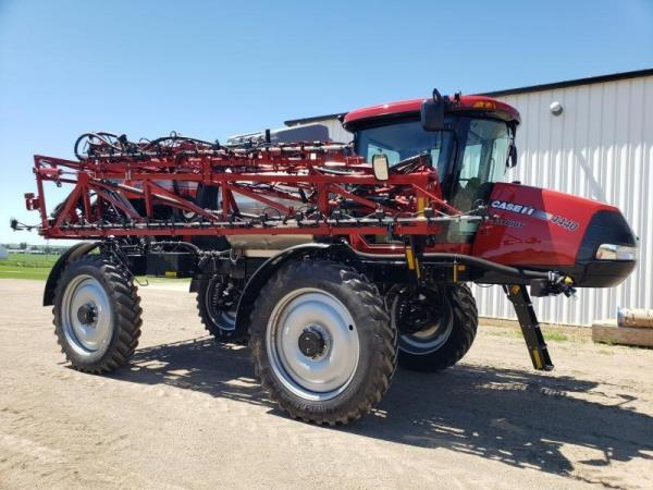 Detail photo of 2019 Case IH PATRIOT 4440 from Construction Equipment Guide